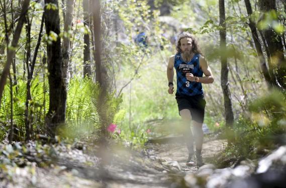 Plus de 900 personnes ont pris part à la course NorthMan, une épreuve de 8km parsemé d'obstacles naturels et fabriqués. (Le Soleil, Yan Doublet)