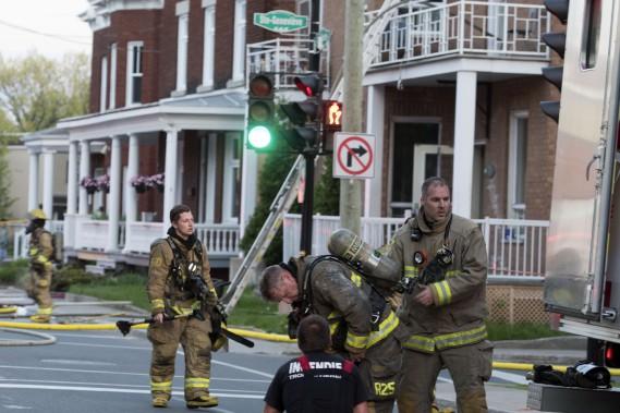 Les nombreuses modifications qu'a subies l'édifice au cours des années a compliqué la tâche des pompiers. (Stéphane Lessard, Le Nouvelliste)