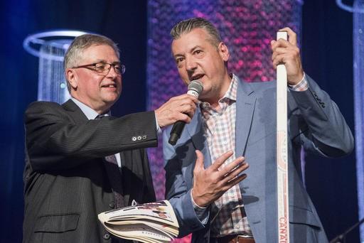 Stephane Waite, du Canadien de Montréal, avec l'animateur André Larocque. (Spectre Média, Frédéric Côté)