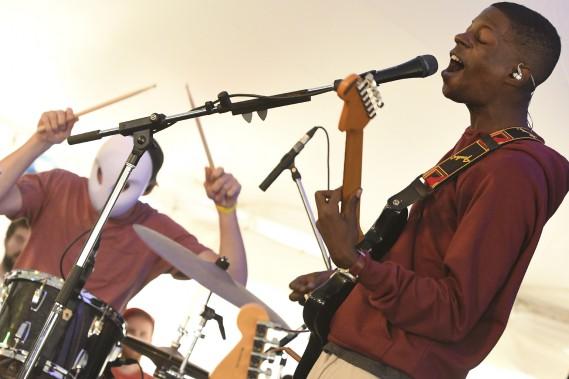 Karim Ouellet au Festival de la chanson de Tadoussac. (Le Quotidien, Michel Tremblay)