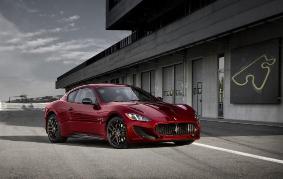 Maserati Grand Turismo ()