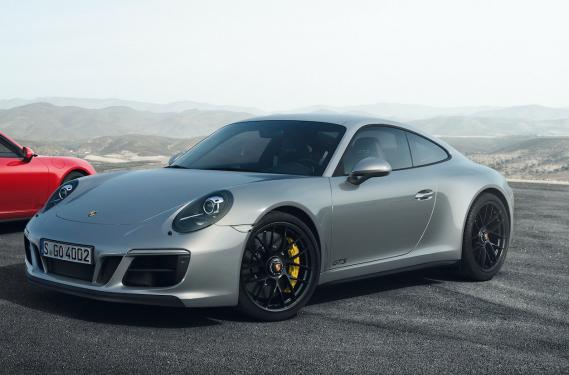 Porsche 911 GTS ()