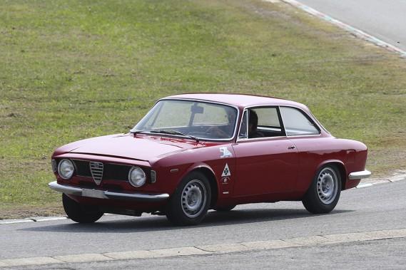 1965 ()