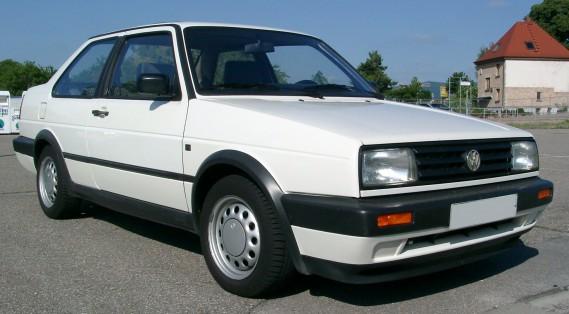 La voiture qui a marqué son enfance : la Jetta diesel de sa mère. C'est aussi la première voiture qu'il a conduite, à 16 ans. ()