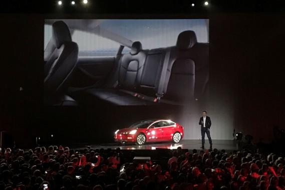 Tesla commence à livrer son «Model 3»