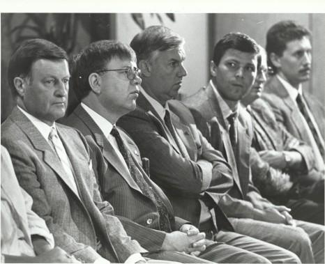 Maurice Filion, Gilles Léger, Ron Lapointe, Peter Stastny et Simon Nolet, en 1988 (Archives Le Soleil, Jean-Marie Villeneuve)