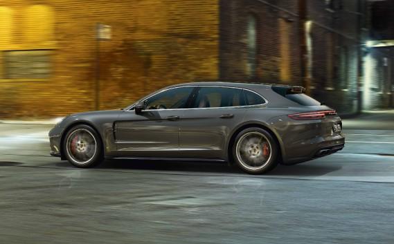La Porsche Panamera Sport Turismo (Photo fournie par Porsche AG)