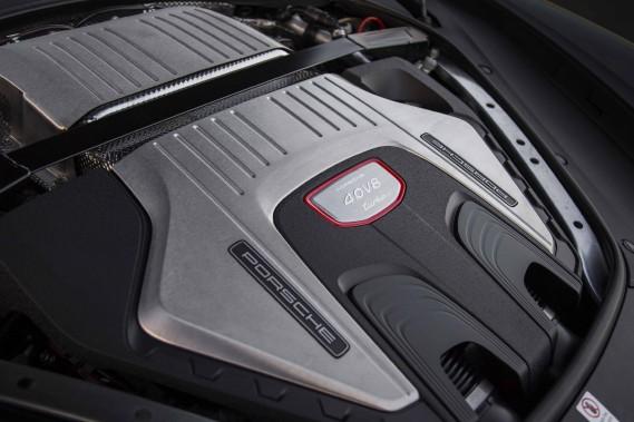 Le moteur de la Porsche Panamera Sport Turismo (Photo fournie par Porsche AG)