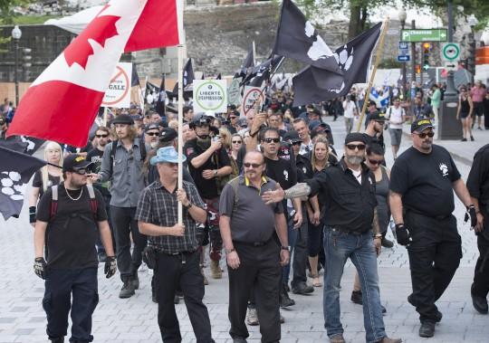 La Meute conteste notamment l'arrivée massive de demandeurs d'asile à la frontière canado-américaine. (PC)