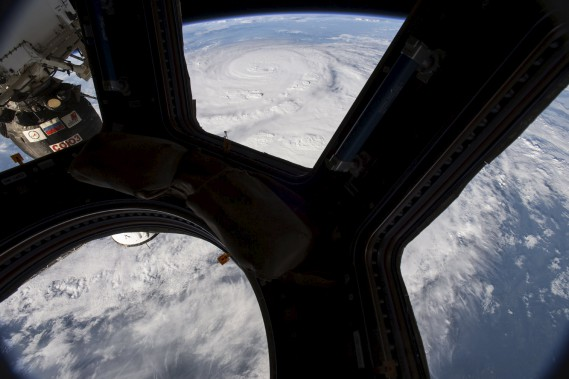 Une photo de<em> Harvey</em> prise depuis la station spatiale internationale. (NASA, via AFP)