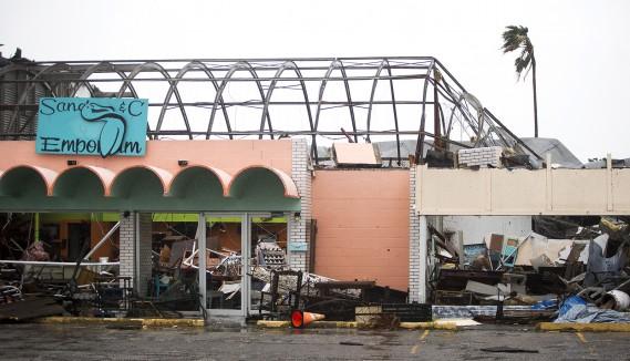 Un magasin complètement détruit, à Rockport (AP, Nick Wagner/Austin American-Statesman)