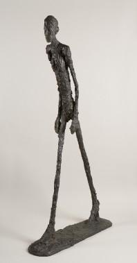 Alberto Giacometti, <i>Homme qui marche</i>, 1960. Bronze, 180,5 x 27 x 97 cm (Succession Alberto Giacometti/ SODRAC)