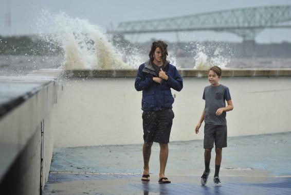 <em>Irma</em> provoques d'importantes vagues à Jacksonville. (AP)