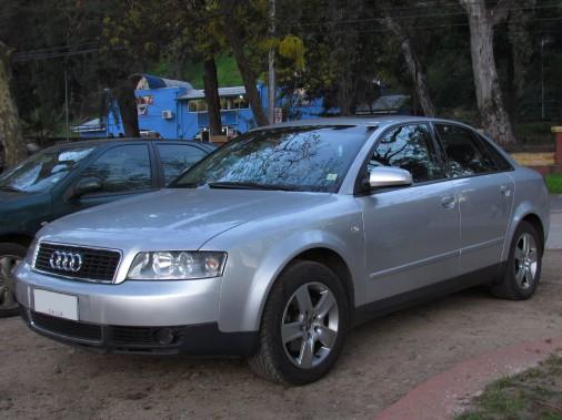 <strong>SA PREMIÈRE VOITURE -</strong>Une Audi A4 2002, qu'il a amenée à presque 300 000km. Pourquoi cette voiture-là? Rien de particulier, mais il a eu un bon prix. (Photo : Wikipédia)