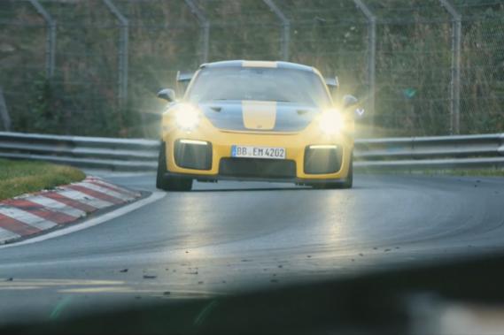 La Porsche 911 GT2 RS a bouclé le Nürburgring en 6 minutes et 47 secondes. (Toutes les photos : Porsche)
