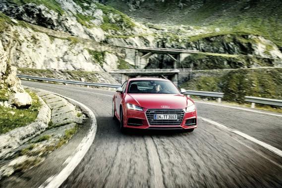 Comment définir l'Audi TT ? Cette question n'a jamais trouvé de réelle réponse consensuelle. La version plus dynamique TTS tente de répondre aux attentes. (Toutes les photos : Audi)