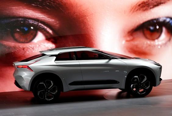 L'e-Evolution, un prototype présenté au Salon de l'auto de Tokyo, qui se termine dimanche prochain. (Photo : REUTERS)