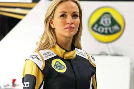 Michèle Mouton veut que les femmes montent en F1 au mérite. En 2015, interrogée sur l'Espagnole Carmen Jorda, promue pilote de développement chez Lotus malgré une fiche on ne peut plus modeste en GP3, elle avait nommé des femmes pilotes méritant selon elle de monter: «D'autres n'ont pas ces résultats et réussissent à gravir les échelons, mais il s'agit davantage de politique ou de marketing, cela ne m'intéresse pas.» (Lotus Racing)