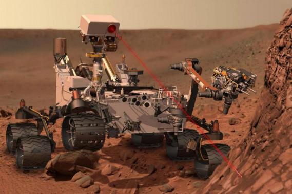 On commercialise aujourd'hui des appareils portatifs despectroscopie sur plasma induit par laser (LIBS), qui aident les entreprises minières dans leur travaild'exploration ou d'exploitation. Le robot spatial en<em>Curiosity </em>utilisait la technologieLIBS sur Mars. ()