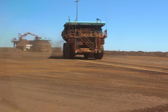 Un des symboles de l'industrie minière 4.0 est ce type de camion géant autonome. À l'intérieur, pas de chauffeur… (Photo : Institut national des mines)
