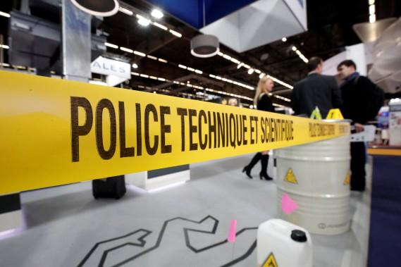 Le 20<sup>e</sup>salon Milipol (Militaire et Police), qui a se tient à Villepinte, près de Paris, est un véritable marché de la sécurité intérieure. (REUTERS)