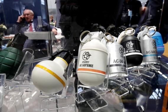 Diverses grenades pour interventions policières. (REUTERS)