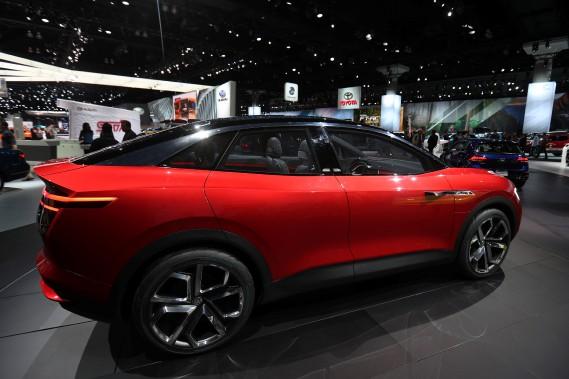 Le Volkswagen I.D. Crozz, autonome et hybride. (REUTERS)