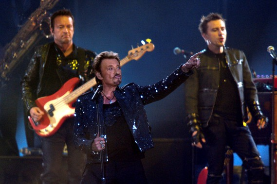 Johnny Hallyday lors d'un spectacle au Stade de France en 2009. (REUTERS)