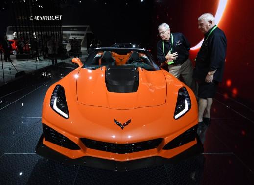 La Chevrolet Corvette ZR1 cabriolet au récent Salon de l'auto de Los Angeles. (AFP)