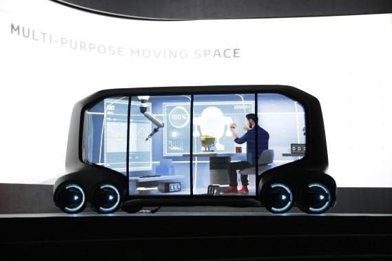 Un véhicule autonome au CES 2018 — Toyota