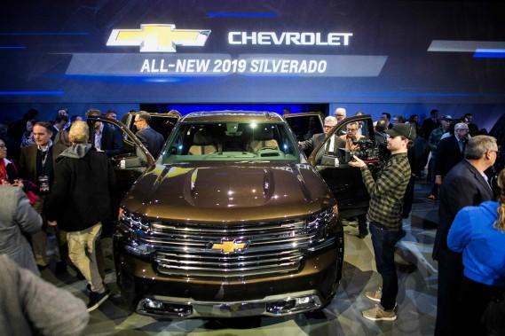 Le pick-up Chevrolet Silverado est un des nombreux gros véhicules qui ont été dévoilés au Salon de l'auto de Détroit. (AFP)