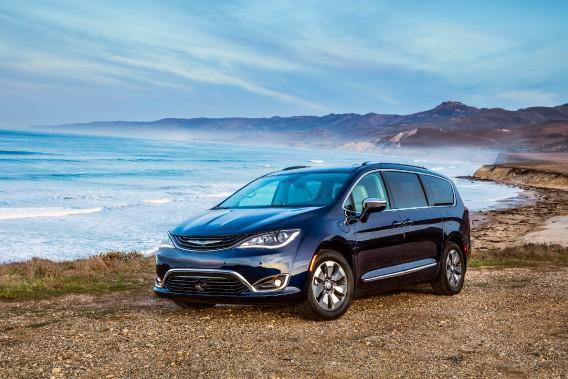 Chrysler au Salon de l'auto: les familles branchées