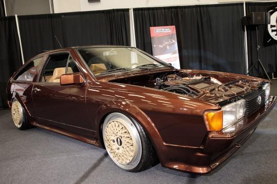 <strong>Volkswagen Scirocco 1984 -</strong>Les Européens ont encore droit au coupé Scirocco, mais chez nous, on doit se rabattre sur la nostalgie des années 80. Celle-ci fait tout de même le pont entre le passé et le présent grâce à une mécanique à compresseur volumétrique particulièrement musclée empruntée à la Golf R32, et développant pas moins de 425 ch. (La Presse)