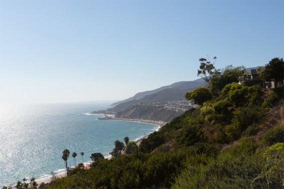 Tout en haut de la colline, caressée par l'air salin de la mer, la vue sur le Pacifique est à couper le souffle. (PHOTO OLIVIER JEAN, LA PRESSE)