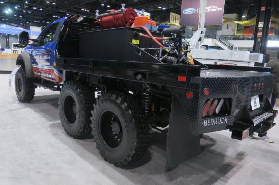 Le véhicule d'intervention d'urgence Ford F-5502018 préparé par Skeeter Brush Trucks, deHillsboro, au Texas. ()