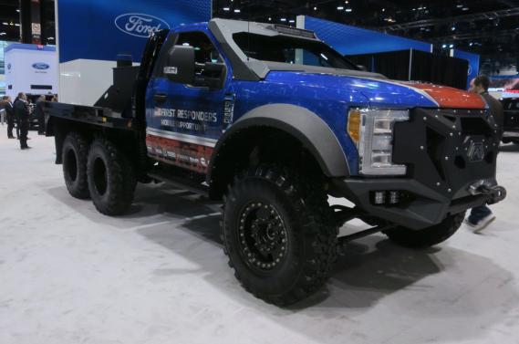 Le véhicule d'intervention d'urgence Ford F-5502018 de Skeeter Brush Trucks, est destiné aux premiers répondants. ()