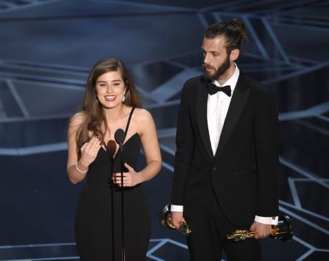 Rachel Shenton et Chris Overton ont remporté l'Oscar du meilleur court métrage pour <em>The Silent Child</em>. (AP)