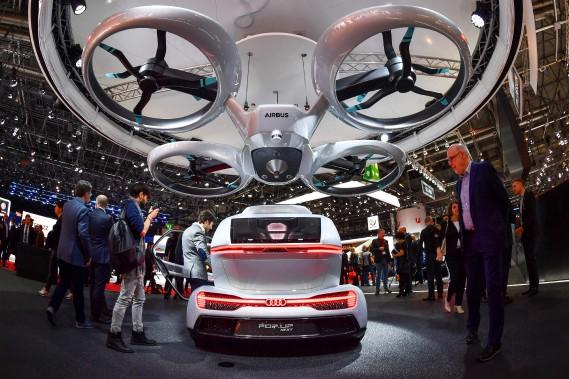 Le prototype PopUp Next est un mélange de voiture autonome et de drone pour passagers.<br /><br /> (AFP)