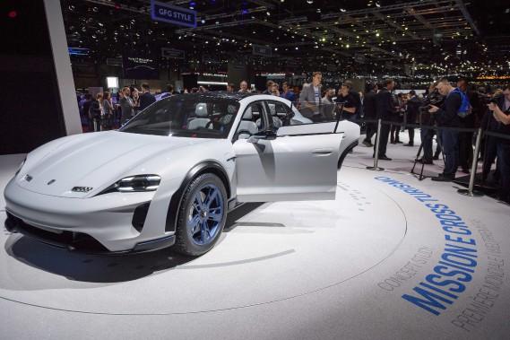 Le Porsche Mission E Cross Turismo. (AP)