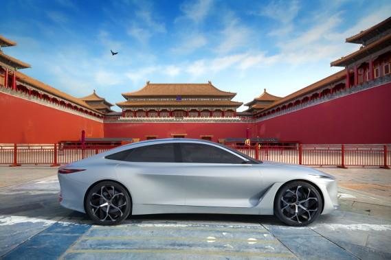 Nissan va développer une plateforme électrique pouvant recevoir une voiture dérivée du prototype Infiniti Q Inspiration. Les véhicules électriques montés sur cette plateforme seront assemblés en Chine. (Photos Infiniti)