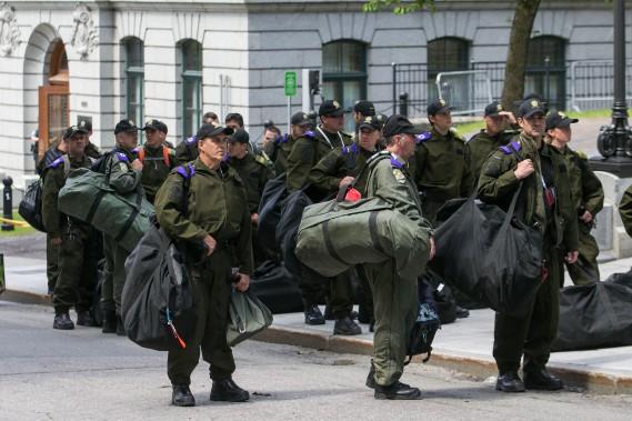 Le député péquiste Pascal Bérubé s'est montré impressionné par le déploiement policier entourant le G7. (PHOTO MARTIN TREMBLAY, LA PRESSE)
