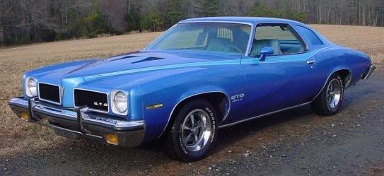 <strong>La voiture qui a marqué son enfance -</strong> La Pontiac GTO 1973 de son grand-père. (Photo Wikipédia)