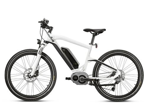<strong>BMW Cruise -</strong>Plusieurs des meilleurs composants des vélos électriques modernes sont de marque allemande, ce qui sourit à BMW. Son vélo Cruise est doté d'une pile de 400 Wh signée Bosch, et de capteurs effectuant quelque 1000 calculs à la seconde pour en maximiser l'assistance. Coût 5150 $ (Photo BMW)