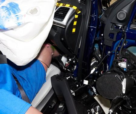 Grand Cherokee 2018 - test de collision frontale partielle, côté passager. ()