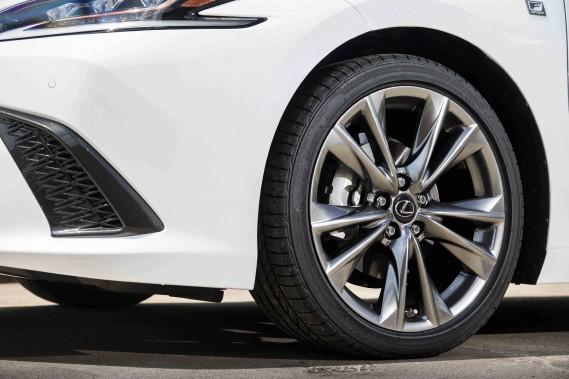 Lexus ES Crdit: Lexus (La Presse)