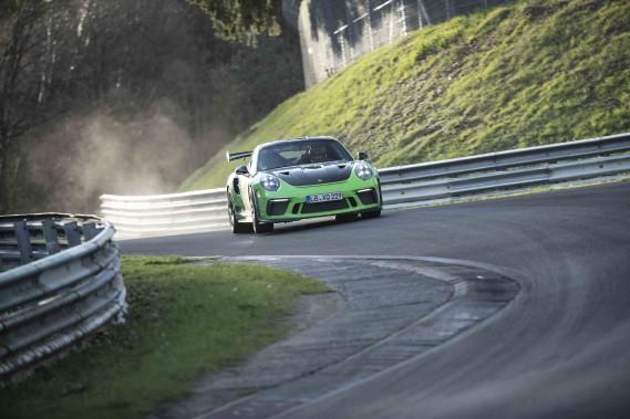 La Porsche 911 GT3 RS est homologuée sur la voie publique mais 80 % des propriétaires de cette indémodable sportive l'utilisent sur un circuit de course. (Toutes les photos Porsche)