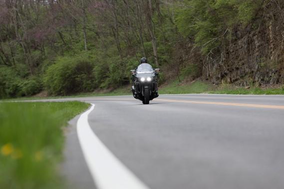 <strong>Les concepteurs de la Venture TC (ci-haut) et de la Star Eluder n'ont pas cherché à copier des produits Harley-Davidson, comme c'est souvent le cas dans ces classes. C'est un des aspects les plus attrayants de ces deux motos.</strong> (.)