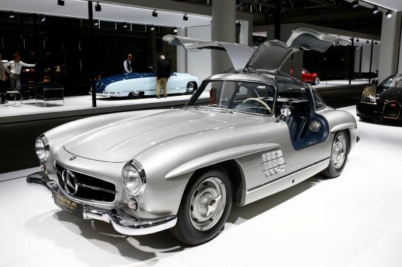 Un coupé sport Mercedes Benz 300SL1955. (REUTERS)