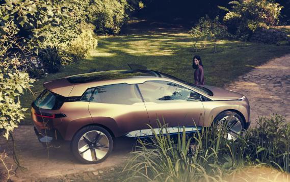 BMW ne dit pas un mot sur l'autonomie du véhicule de série qui émanera de l'iNext à sa sortie en 2021. ()