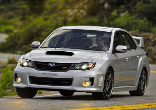 Contrairement aux trois autres modèles évoqués ici, la Subaru WRX STi est toujours en production. (Photo Subaru)